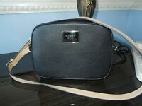 GUESS KANRYN BLACK WITH BEIGE STRAP CROSS BODY BAG LIGHTLY USED