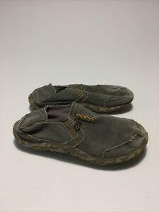 Cushe Boys Canvas Slip-On Shoes Size 5
