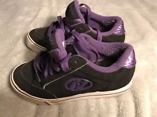 Heelys Youth Size 5 Unisex/Girls Purple Black Roller Skate Shoe Sc8