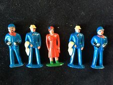 VINTAGE CAST IRON  BRITAIN ENGLAND ,BARCLAY,TOY Set 5 Figures