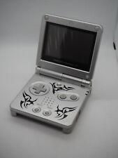 Nintendo Game Boy Advance SP Silber Handheld-Spielkonsole