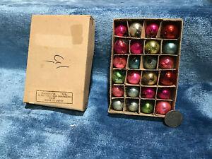 24 VINTAGE FEATHER TREE MERCURY GLASS ORNAMENT BALLS  JAPAN  in ORIGINAL BOX