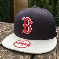 New Era 9FIFTY Boston Snapback Cap Mens Adjustable Size S / M  B521-17