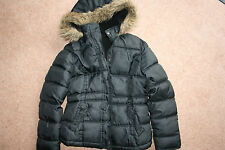 GIRLS CASUAL BLACK PADDED HOODED POLYESTER COAT. 11-12 yrs EXCELLENT CONDITION
