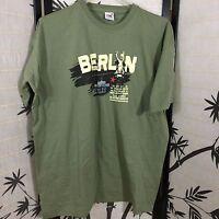 Fruit of The Loom Men's XL 100% Cotton Green Yellow Black Red T-Shirt Berlin EUC