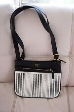 FOSSIL BLACK & WHITE CROSS BODY LEATHER HANDBAG PURSE NWT
