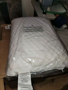 """Tempur-Pedic Serenity Memory Foam Bed Pillow With Soft Breathable Cover 24""""x16"""""""