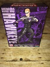 Marvel Now collector's Hawkeye 1/10 Scale Pre-Painted Model Kit