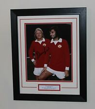 FRAMED Denis Law In Manchester United Shirt HAND SIGNED Photo Mount + COA Proof
