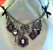 BETSEY JOHNSON VINTAGE VICKI VICTORIAN CAT CHARM NECKLACE! SUPER RARE!