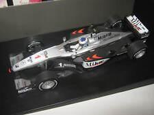1:18 McLaren Mercedes MP4/15 M. Häkkinen 2000 DB Collection OVP new