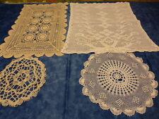lot 4 superbes napperons anciens crochetés main ,2rectangles ,2ronds  coton