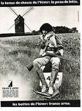 PUBLICITE ADVERTISING 044   1977   FRANCE ARNO   les bottes de chasse