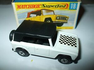 Matchbox Lesney Superfast #18 Field Car VERY RARE WHITE WITH TOW HOOK MINT!