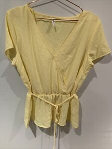 &Me V Necked Top - Yellow - 12 - Snap At Front Closure - Elastic Waist