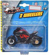 Maisto Ducati Diavel Carbon Die-cast Toy Bike Model (Black & Red)