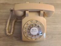 Vintage 1970's Bell System Western Electric Rotary Dial 500DM Desk Phone (Works)