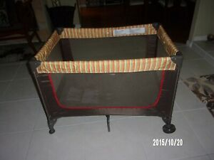 """Cosco Playpen. 28""""x 40 x 23"""" deep. Local Pick up only 33993"""