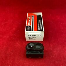 New OEM Ford Motorcraft Door Lock Switch SW7061 E6DZ-14028-B Free Shipping