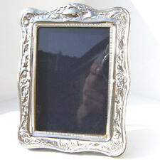 HALLMARKED SILVER PICTURE FRAME. STERLING SILVER PHOTO FRAME. SPECIAL OFFER SALE