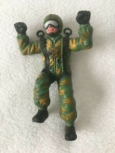 """1983 Imperial Toys Vintage Paratrooper PVC Figure Army Military Camouflage 4.5"""""""