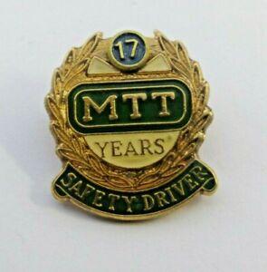 MTT 17 YEARS SAFETY DRIVER BADGE / PIN MARKED SHERIDAN PERTH