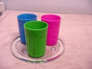 ARROW Plastic Rainbow Tumblers - 6 oz (3)