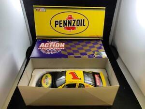 ACTION 1:24 SCALE NASCAR DIE-CAST STEVE PARK #1 1998 PENNZOIL MONTE CARLO LE