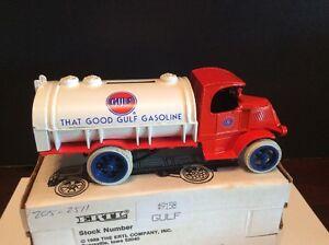Ertl 1/38 Scale Die Cast Gulf Oil Bank 1926 Mack Tanker #9158 Limited Edition