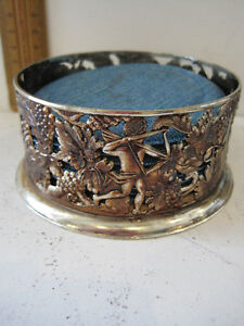 Silver Plated Drink Coaster Holder 10cm wide with Coasters in Foam Backed Vinyl