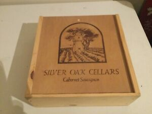 SILVER OAK CELLARS EMPTY CABERNET SAUVIGNON 3 BOTTLE WOODEN BOX