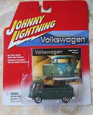 Johnny Lightning VW Volkswagen 1966 Type 2 Pickup Green gift MOC