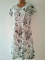New H& M 10/12 White Grey Fit & Flare Short Sleeve Summer smart occasion Dress