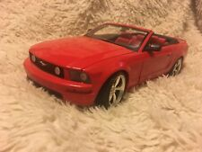 Hot Wheels 1:18 Scale 2005 Ford Mustang GT Convertible Die Cast Model