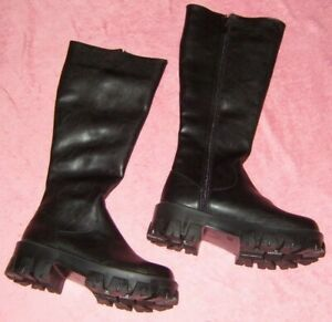 LADIES SIZE 6 BLACK KNEE HIGH  BOOTS PRETTY LITTLE THING NEW