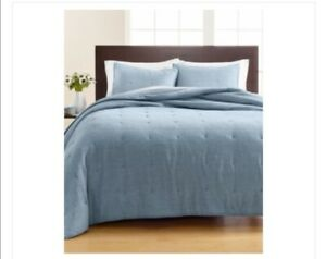 Martha Stewart Collection Blue Tufted Chambray Twin Quilt