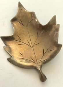 """Beautiful Vintage Signed """"NE"""" Sterling Silver Leaf Brooch Polish and Wear SS-244"""