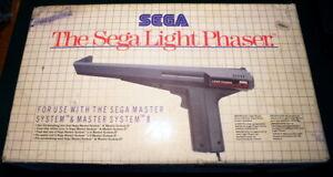 Pistolet THE SEGA LIGHT PHASER - SEGA Master System I et II