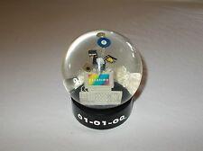 01-01-00 Y2K commemorative computer exploding shake snow dome globe READ