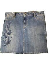 TALBOTS Medium Wash Stretch Embroidered Flower Denim Skirt Sz 16p
