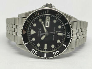 LOVELY PRE-OWNED SEIKO DIVER 7S26-0050 SKX023 10BAR AUTOMATIC MEN'S WATCH 1D5154