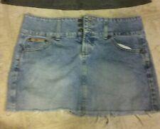 womens jrs mini jean skirt l.i.e. size 7 thick belt 3 button