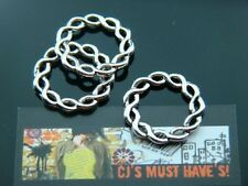 10  LARGE TIBETAN SILVER PLATTED TWISTED CIRCLE CONNECTOR LINKS - 20mm HEIGHT