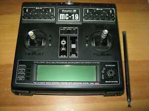 Graupner Sender MC 19 35 Mhz  mit Akkubox und Antenne