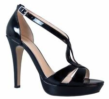 Wittner Women's Patent Leather Shoes