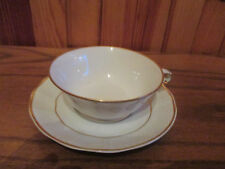 TASSE &  S/TASSE     porcelaine LIMOGES B & C    TRES   FINE  EXCELLENT  ETAT