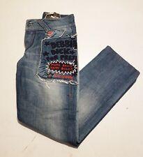 By Cultura, vintage. Keith Haring Tejanos bordados. Años 90