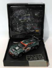 Voitures de courses miniatures vert pour Aston Martin 1:43
