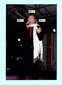 SHEILA - véritable PHOTO (hors presse) 13 Juillet 2002 - 10 x 15 cm