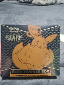 Pokémon TCG Shining Fates: Elite Trainer Box - In Hand